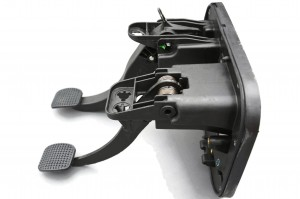504068713; 5801259320 Iveco Daily pedals brake clutch pedal